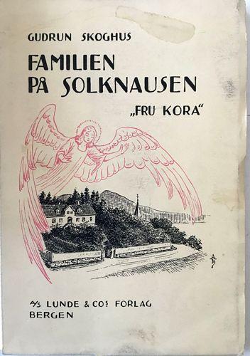 "Familen på Solknausen ""Fru Kora"""